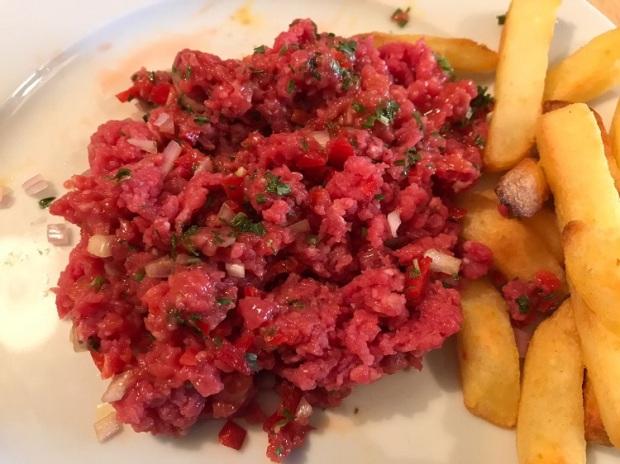 James Bond food steak tartare mixed