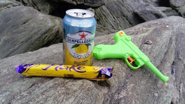 James Bond food Flake Lemonade